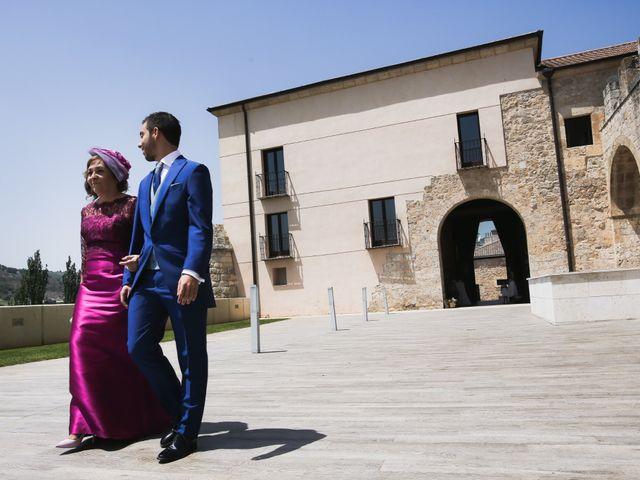 La boda de Andrés Fuentes y Sonia Diez en Valbuena De Duero, Valladolid 30