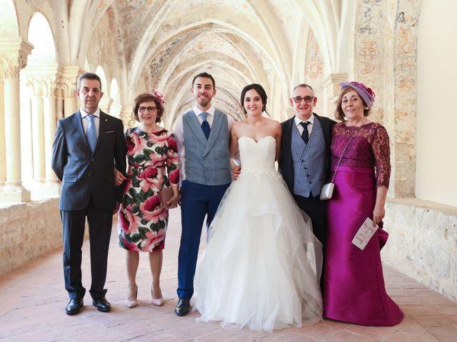 La boda de Andrés Fuentes y Sonia Diez en Valbuena De Duero, Valladolid 38