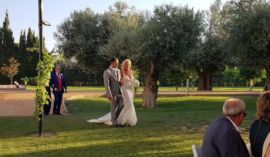 La boda de Roge y Paz en La Zubia, Granada