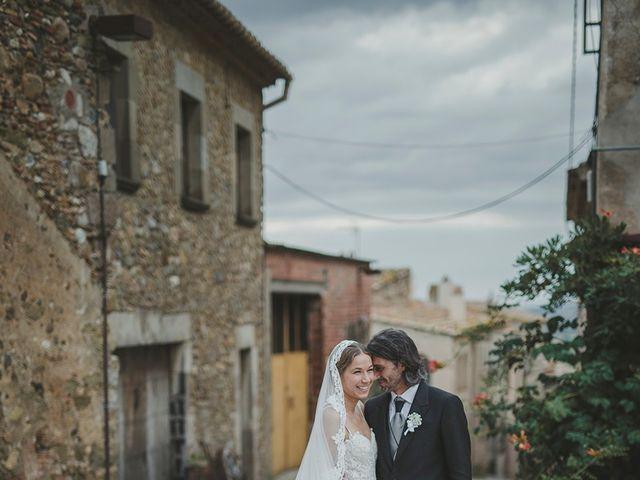 La boda de Enrique y Sonja en La Bisbal d'Empordà, Girona 43