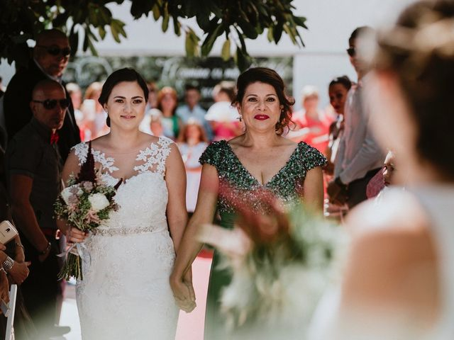 La boda de Leticia y Raquel en Arucas, Las Palmas 32