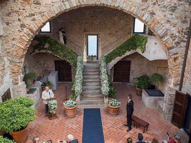 La boda de Ismael y Sara en Llafranc, Girona 30