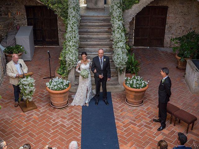 La boda de Ismael y Sara en Llafranc, Girona 34