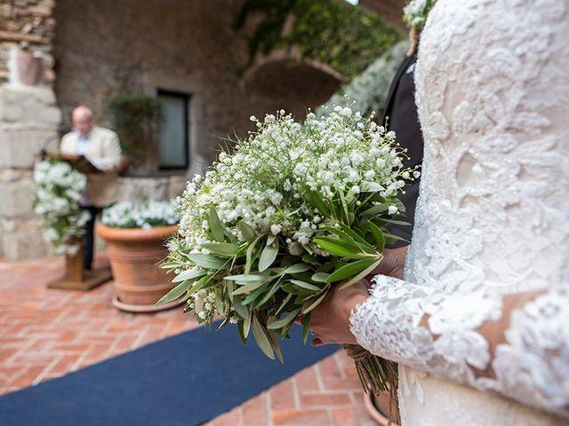 La boda de Ismael y Sara en Llafranc, Girona 41