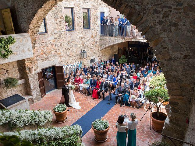 La boda de Ismael y Sara en Llafranc, Girona 47
