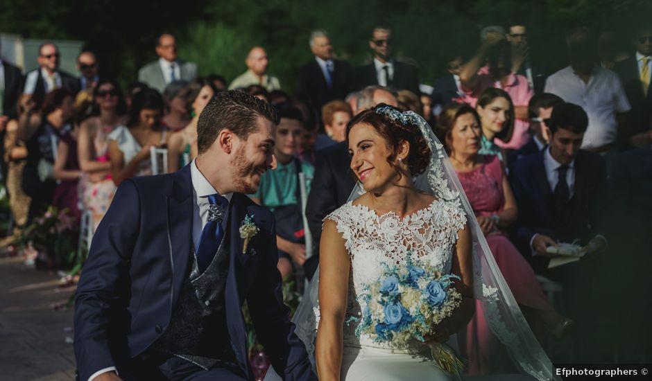 La boda de Cristina y Raúl en Cáceres, Cáceres