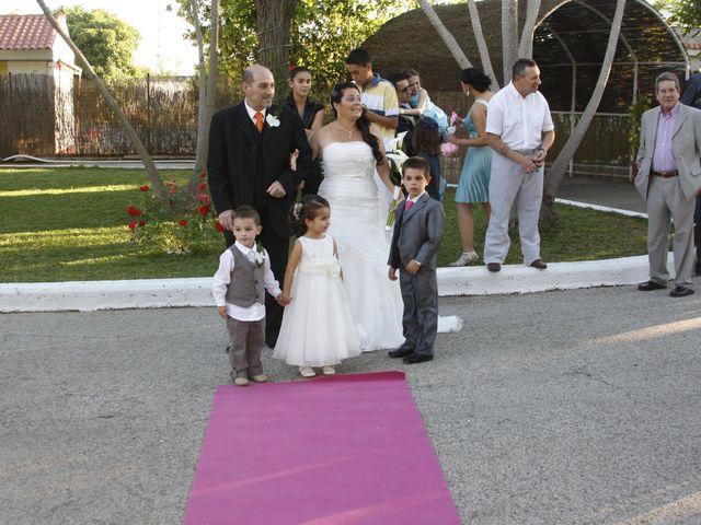 La boda de Antonio y Carolina en Sevilla, Sevilla 12