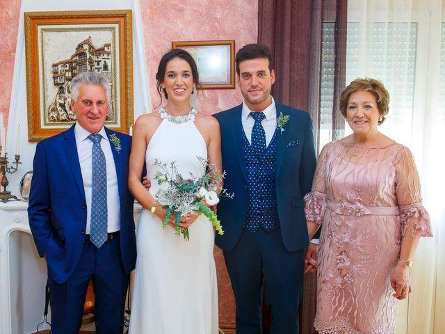 La boda de Silvia y Loren en Belmonte, Cuenca 32