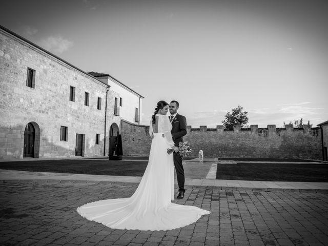 La boda de Cristian y Laura en San Bernardo, Valladolid 20