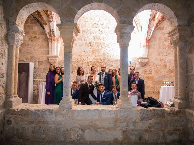 La boda de Cristian y Laura en San Bernardo, Valladolid 32