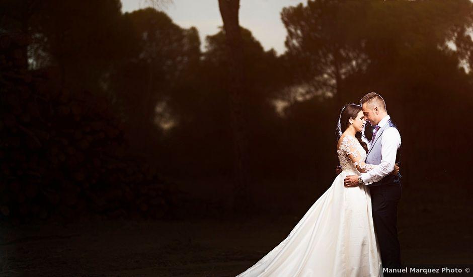 La boda de Jonathan y Luz María en Lepe, Huelva