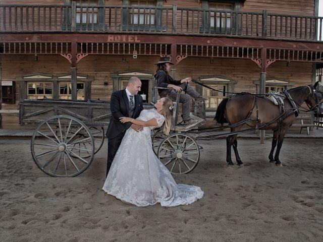 La boda de Alejandro y Carmen en Almería, Almería 51