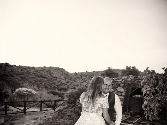 La boda de Alejandro y Carmen en Almería, Almería 63