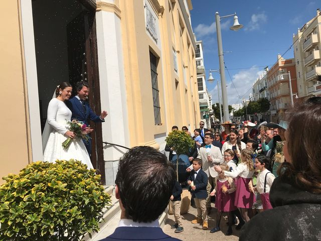 La boda de Juanjo y Alicia  en San Fernando, Cádiz 13