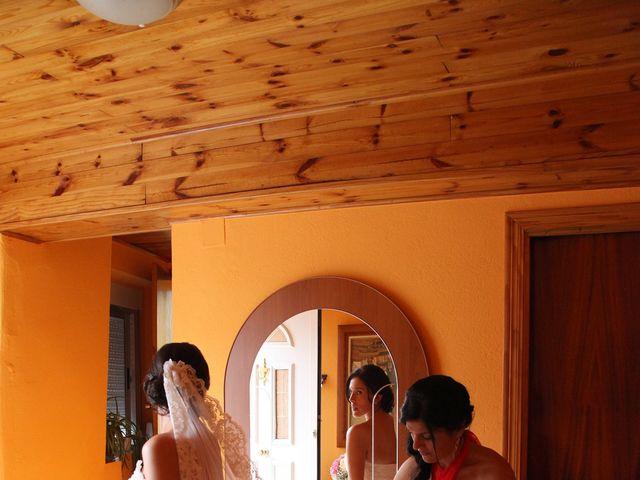 La boda de Loli y César  en San Pedro De Olleros, León 36