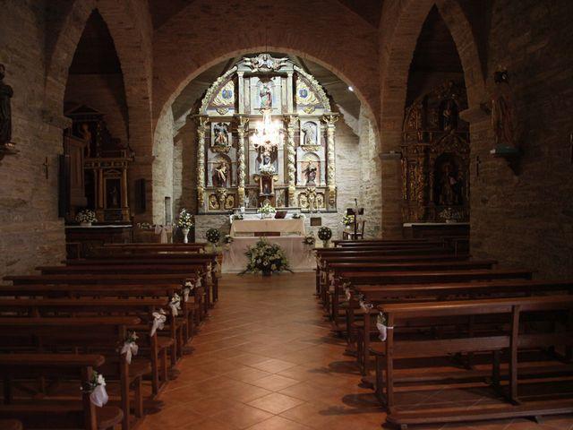 La boda de Loli y César  en San Pedro De Olleros, León 40