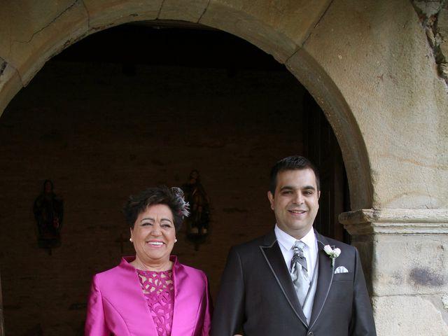 La boda de Loli y César  en San Pedro De Olleros, León 41