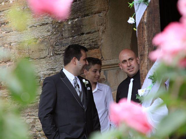 La boda de Loli y César  en San Pedro De Olleros, León 43