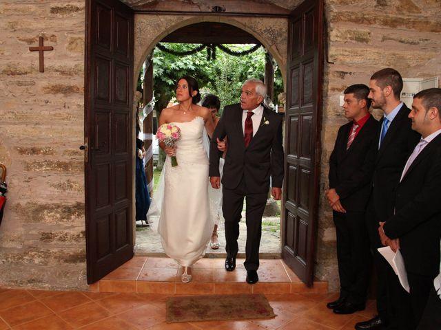 La boda de Loli y César  en San Pedro De Olleros, León 46