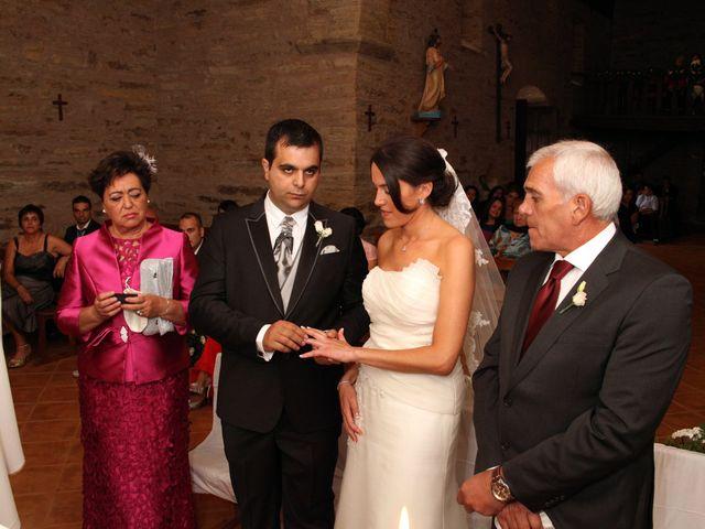La boda de Loli y César  en San Pedro De Olleros, León 48