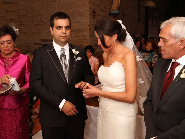 La boda de Loli y César  en San Pedro De Olleros, León 49