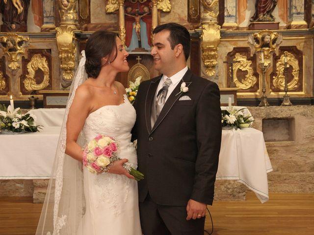 La boda de Loli y César  en San Pedro De Olleros, León 55