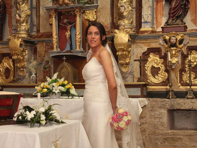 La boda de Loli y César  en San Pedro De Olleros, León 57