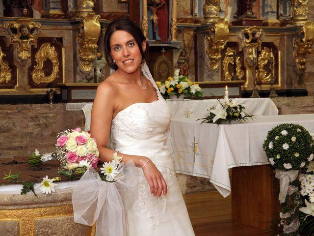 La boda de Loli y César  en San Pedro De Olleros, León 60
