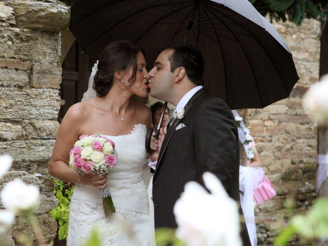 La boda de Loli y César  en San Pedro De Olleros, León 63