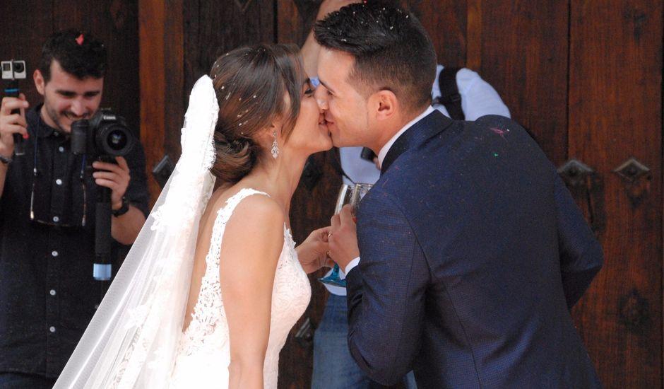 La boda de Javi y Elena en La Alberca, Salamanca