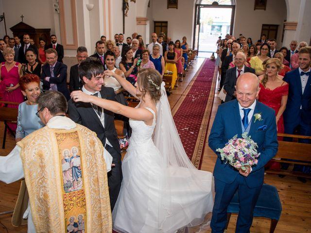 La boda de Carlos y Ariadna en Olmedo, Valladolid 28
