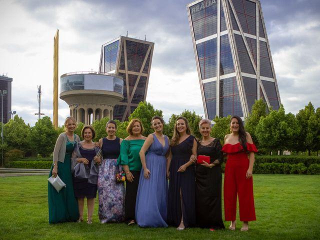 La boda de Raquel y Patricia en Madrid, Madrid 3