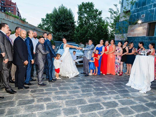 La boda de Jose y Nuria en Fuenlabrada, Madrid 21