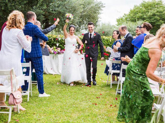 La boda de Javi y Karima en La Selva Del Camp, Tarragona 17