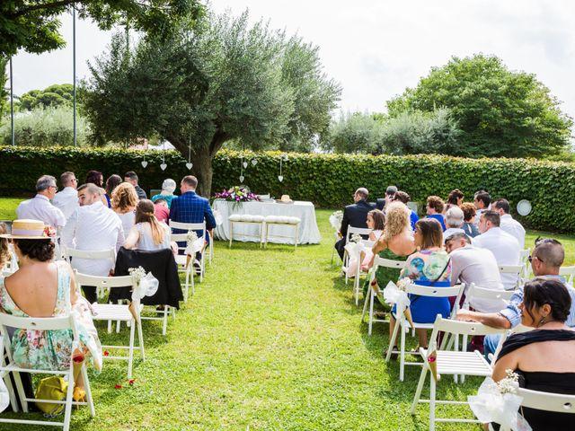 La boda de Javi y Karima en La Selva Del Camp, Tarragona 25