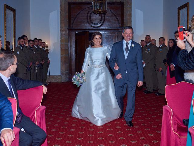 La boda de Maykel y Belén en Oviedo, Asturias 14