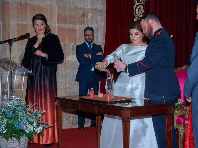 La boda de Maykel y Belén en Oviedo, Asturias 19