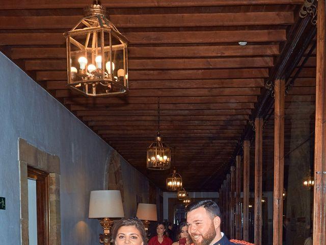 La boda de Maykel y Belén en Oviedo, Asturias 22