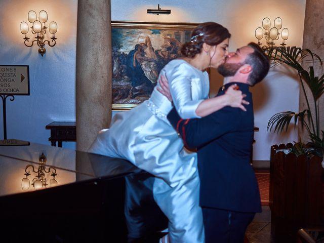 La boda de Maykel y Belén en Oviedo, Asturias 30