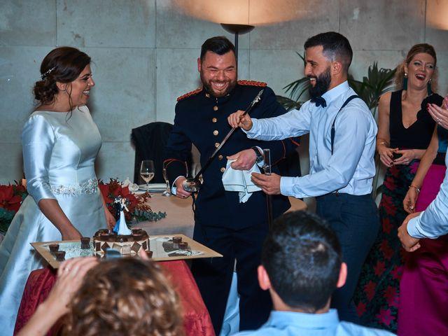 La boda de Maykel y Belén en Oviedo, Asturias 35