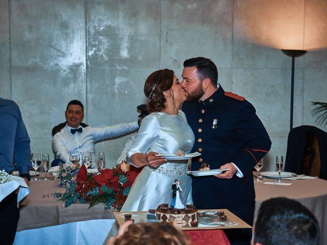 La boda de Maykel y Belén en Oviedo, Asturias 38