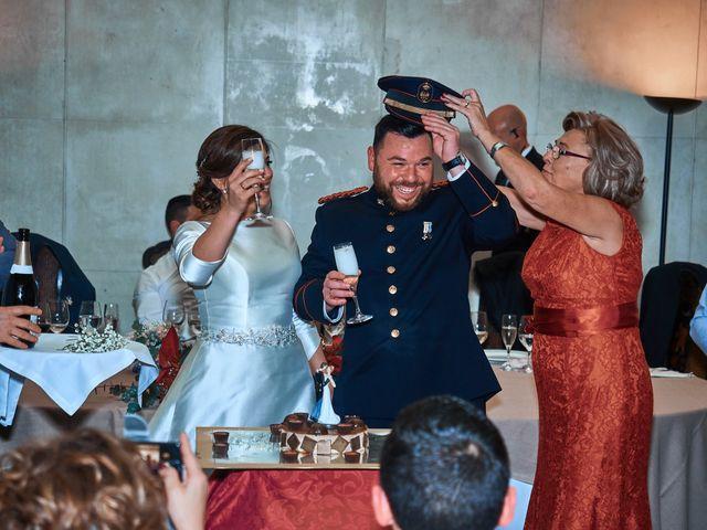 La boda de Maykel y Belén en Oviedo, Asturias 39