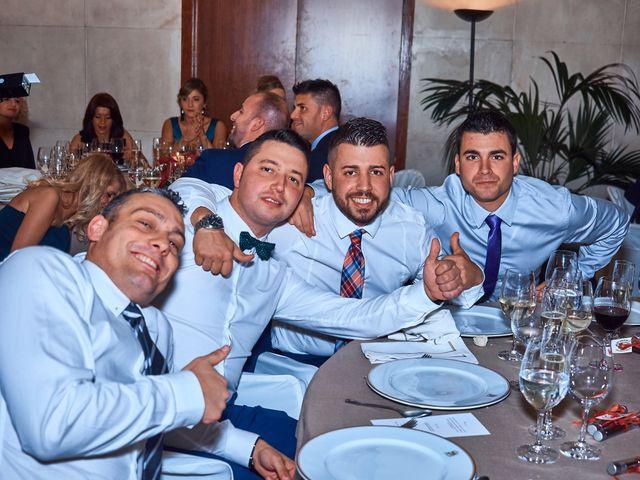 La boda de Maykel y Belén en Oviedo, Asturias 42