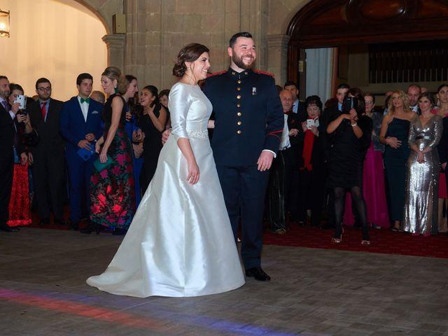La boda de Maykel y Belén en Oviedo, Asturias 44