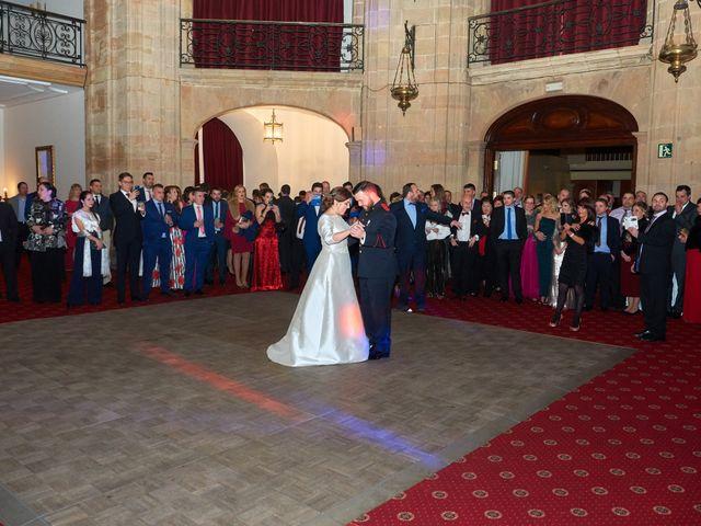 La boda de Maykel y Belén en Oviedo, Asturias 45