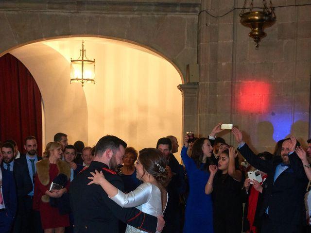 La boda de Maykel y Belén en Oviedo, Asturias 46