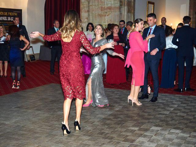 La boda de Maykel y Belén en Oviedo, Asturias 50