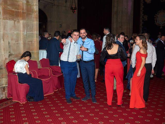 La boda de Maykel y Belén en Oviedo, Asturias 52