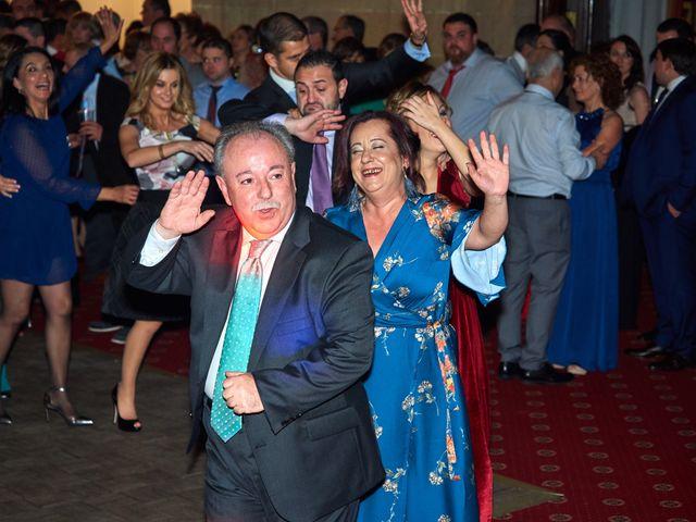La boda de Maykel y Belén en Oviedo, Asturias 55