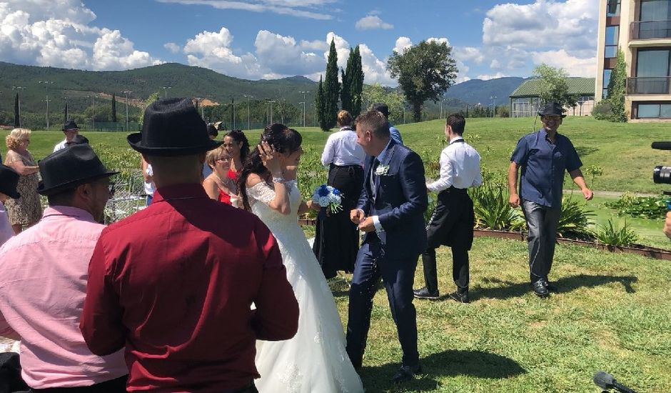 La boda de Javi  y Lorena  en Santa Coloma De Farners, Girona